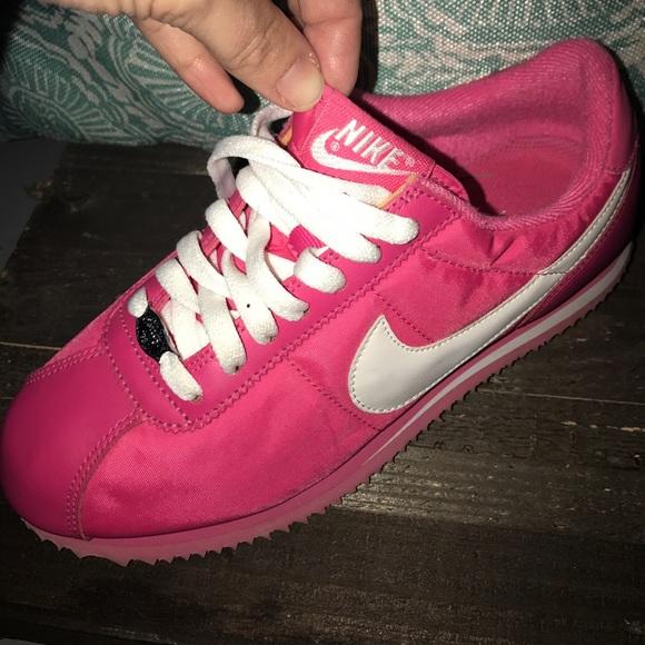 best service 4e363 8a419 NEW pink Nike Cortez
